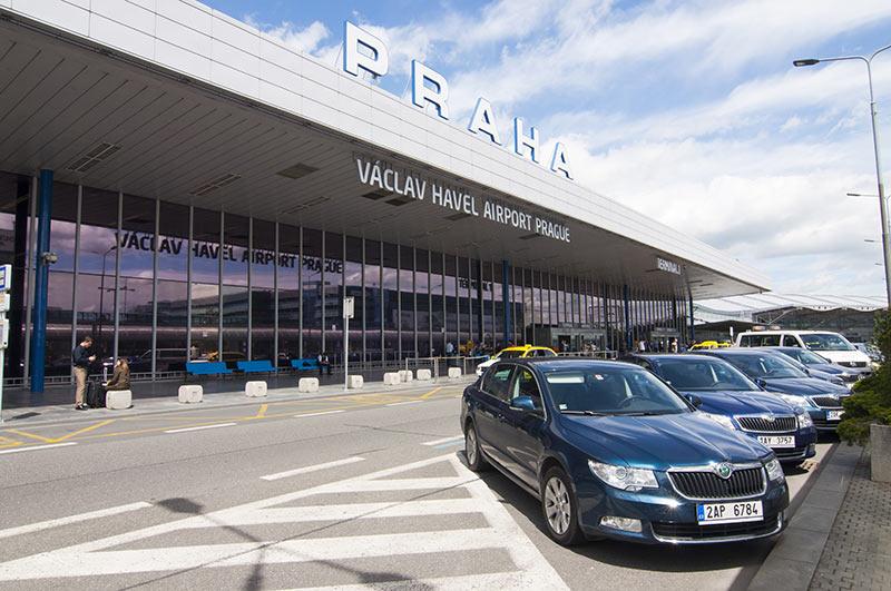 Вариант трансфера из Праги в аэропорт