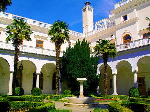 Ливадийский дворец – лучший шедевр крымской архитектуры