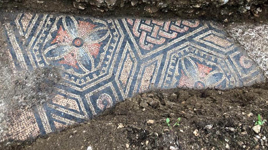 В Италии нашли древнеримскую мозаику