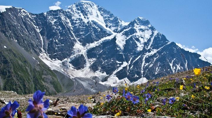 Восхождения на Эльбрус: особенности организованных туров и их преимущества